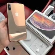 For Sale :- Samsung Galaxy S10 Plus, Apple iPhone Xs Max
