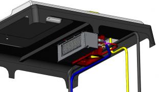Кондиціонер для трактора МТЗ з наддаховим конденсатором