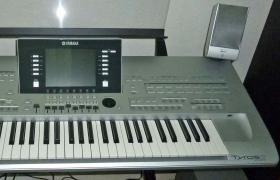 Продается Ямаха Ср-300 88-клавишная сценическое фортепиано